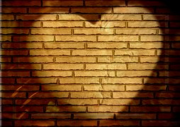 heart-582593__180